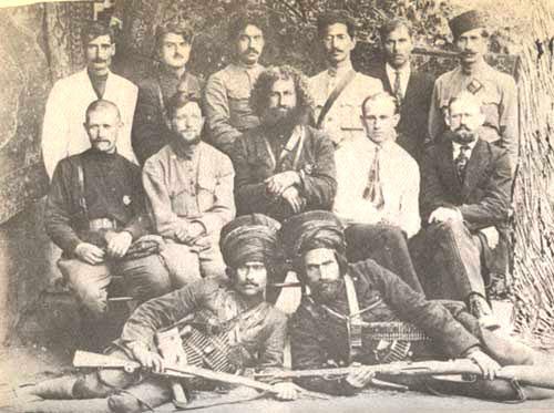 آلبوم تصاویر میرزا کوچک خان جنگلی(از نوجوانی تا شهادت)